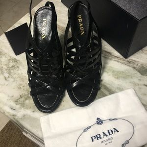 Prada Black strappy sexy high heels 👠